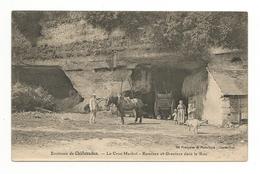 CPA 28 ENVIRONS DE CHATEAUDUN LE CROC MARBOT REMISES ET GRENIERS DANS LE ROC - Chateaudun