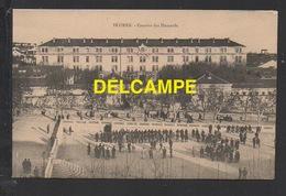 DF / 34 HERAULT / BÉZIERS / LA CASERNE DES HUSSARDS / ANIMÉE - Beziers