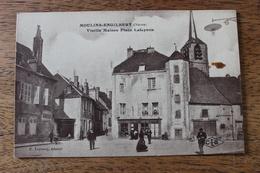 MOULINS ENGILBERT (58) - VIEILLE MAISON PLACE LAFAYETTE - Moulin Engilbert
