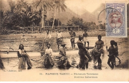 TAHITI : Papeete Tahiti Pecheurs Tahitiens - Tres Bon Etat - Polynésie Française