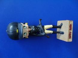 Figurine Collection Résine Betty Boop Jockey Cavalière 14 Cm Héros Cartoons - Figurines