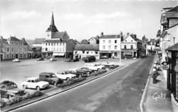27-BRIONNE- PLACE FREMONT-DES-ESSARTS - VOIR POMPES A ESSENCE - Autres Communes