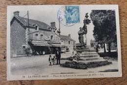 LA FERTE MACE (61) - PLACE DE LA GARE ET LE MONUMENT DE 1870 - La Ferte Mace