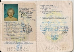 COMUNIDAD EUROPEA  - EUROPEAN COMMUNITY  - ITALIA - ITALY  PASSPORT - PASSEPORT - PASAPORTE - Issued In TRIESTE -stamps - Documentos Históricos