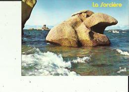 Tregastel  22   Les Rochers De La Sorcière Et Le Dé En Marée Haute - Trégastel