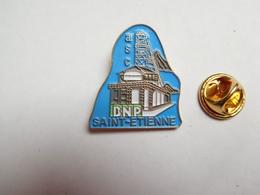 Beau Pin's , Banque ASC BNP , Saint Etienne , Loire - Banche