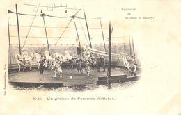 Thèmes - Spectacle - Cirque - Barnum Et Bailey - Un Groupe De Femmes Artistes - Cirque