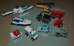 Légo Lot 10 Véhicules, Hélicoptère, Pompier, Ambulance, Police Etc - Lego Technic