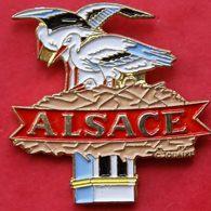 EE 56 )......ECUSSON.....REGION..........ALSACE - Pin's