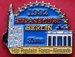 EE  75 )......ECUSSON...   STRASBOURG...BERLIN......FETE  POPULAIRE FRANCO  ALLEMANDE - Villes