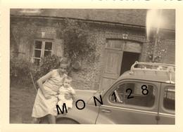 VOITURE AUTOMOBILE RENAULT 4 CV ENFANTS - PHOTO D'ORIGINE 11x8 Cms - Automobiles