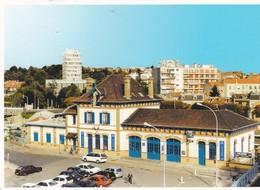 CPM 10X15 . 4° Salon Multi-Collections . 06/03/2005 . ROSNY SOUS BOIS (93) La Gare Et L'Hôtel De Ville - Bourses & Salons De Collections