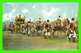 FAMILLES ROYALES - THE KING'S STATE COACH -  E. GORDON SMITH - - Royal Families