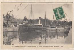 8AK1889 CAEN BATEAU SORTANT DU CANAL POUR ENTRER DANS LE BASSIN A FLOT 2 SCANS - Caen