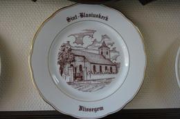 * Vlissegem (De Haan - Kust - Littoral) * 1 Uniek Bord Magvam Porselein Vlissegem (De Haan) Te Ieper - Ceramics & Pottery