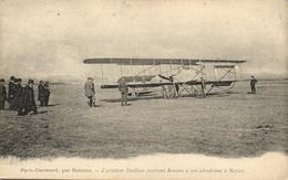1 Cpa Aérodrome à Nevers - L'aviateur Dailleus Recevant Renaux - Aérodromes