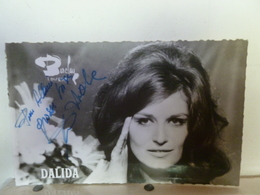 Photo Carte Dédicacée  Dalida - Chanteurs & Musiciens