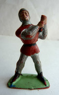 Figurine Guilbert MOYEN AGE CHEVALIER Rouge  60's Pas Starlux Clairet Cyrnos, Incomplet - Starlux