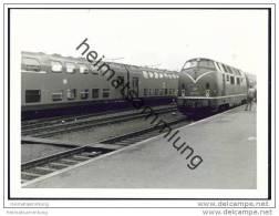221 117-5 Lokomotive In Puttgarden 1969 - Foto 7,5cm X 10,5cm - Trains