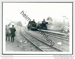 572559  Und 023 026-8 Lokomotiven Im Bahnhof Warburg 1969 - Foto 7,5cm X 10,5cm - Treni