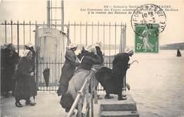 29-INDUSTRIE SARDINIERE EN BRETAGNE, LES COMMISES DES USINES ACHETANT AU ENCHERE LES SARDINES A LA RENTREE..... - Francia