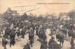 29-LANDIVISIAU- LE CHAMP DE FOIRE UN JOUR DE FOIRE - Landivisiau