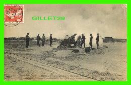 MILITARIA - ARMÉE FRANÇAISE EN MANOEUVRES - PIÈCE DE 155 COURT, MODÈLE 4890, SUR AFFÛT PLATE-FORME - ND PHOT. - CIRCULÉE - Matériel