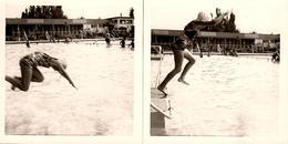 2 Photos Carrées Originales Piscine & Maillot De Bain Pour Plongeon D'Adolescente Vers 1950/60 - Personnes Anonymes