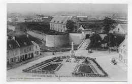 GRAVELINES - VUE PANORAMIQUE - LE MONUMENT - JARDIN ET ARSENAL - VIEILLE VOITURE - CPA NON VOYAGEE - Gravelines