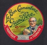 Etiquettes De Fromage.  Camembert Du Grand'Père.  Neuve - Fromage