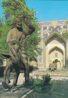 OUZBEKISTAN---BUKHARA--monument To Nasr-ad-din--voir  2 Scans - Uzbekistan