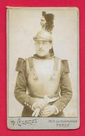 Photographie CDV - Studio P. Claret à Paris - Portrait D'un Militaire - Insignes Régimentaires 11 Au Col - War, Military