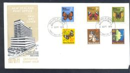 New Zealand 1970 Cover: Fauna Insects Butterfly Schmetterling Mariposa Papillon; Architecture Post Office - Schmetterlinge