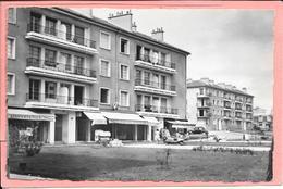 Montreuil - H.L.M. Carrefour Paul Signac - Montreuil