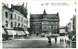 N°63306 -cpa Hal -hôtel De Ville Et Grand'place- - Halle