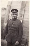 Photo 1915 Secteur LOMBARDSIJDE, WESTENDE - Officier Allemand Dans Une Tranchée (A196, Ww1, Wk 1) - Guerre 1914-18
