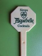 135 - Touilleur - Agitateur - Mélangeur à Boisson - Sirops Aiguebelle - Cocktails - Swizzle Sticks
