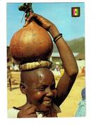 Cpm - Rwanda - Femme Avec Calebasse De Bière - - Rwanda