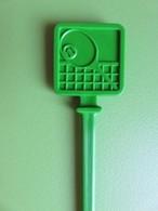 152 - Touilleur - Agitateur - Mélangeur à Boisson - Sports - Tennis - Carré Vert - Swizzle Sticks