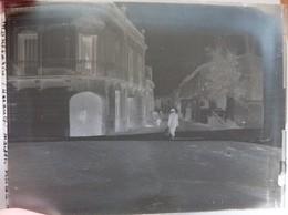 Hérault, Montbazin, 2 Plaques De Verre, Maisons Viticoles, 1911. - Autres Communes