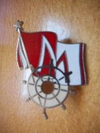A003 -- Pin's M - Barre De Bateau - Exclusif Sur Delcampe - Boats