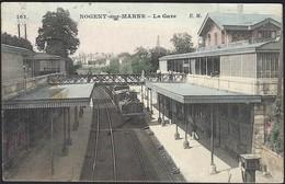 Nogent - Sur - Marne  -  La Gare  E.M. (2scans) - Stations With Trains