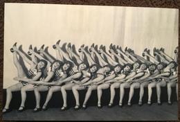 Jackson's Dancing Girls, 1928.  The Nostalgia Postcard Collectors Club, Yesterdays Britain 1890s-1950s - Dans