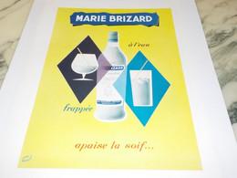 ANCIENNE PUBLICITE APERITIF APAISSE LA SOIF  MARIE BRIZARD A L EAU 1953 - Alcoholes