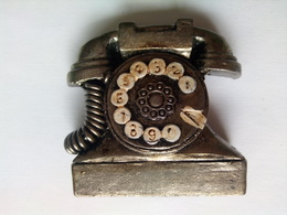 Telephone - Magnets
