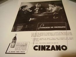 ANCIENNE PUBLICITE APERITIF  SUR LA PLATE-FORME CINZANO 1938 - Alcoholes