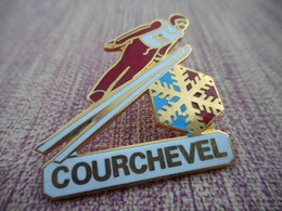 A005 -- Pin's Courchevel - Cities