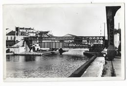 Cpsm: AUBERVILLIERS (ar. Bobigny) Le Pont Tournant, Canal De Saint Denis. Ed. J. Godneff  1954 (plan Rare) - Aubervilliers