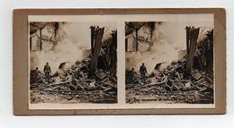 Ancienne CARTE Vue Stéréoscopique Guerre 1914-18 Les Incendies De Reims En Avril 1918 - Stereoscoop