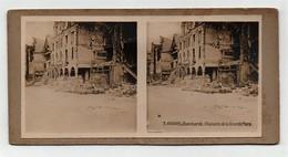 Ancienne CARTE Vue Stéréoscopique Guerre 1914-18 Arras Bombardé Maisons De La Grande Place - Stereoscopic